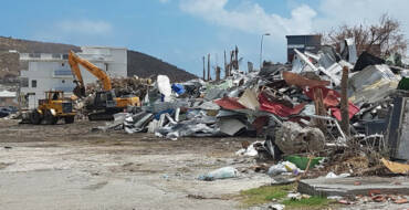 Government Starts Survey in Neighborhood Adjacent to Landfill